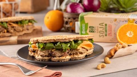 Sándwich de gofre vegetariano