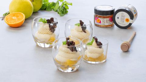 Vasitos de mascarpone con miel