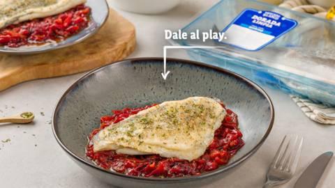 Dorada gratinada con confitura de pimientos rojos