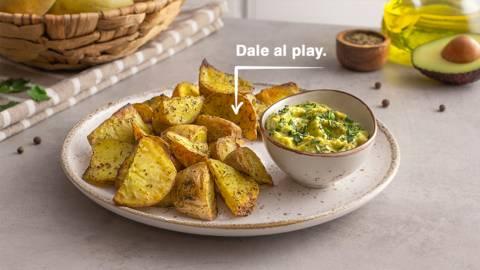 Patatas especiadas al horno con guacamole