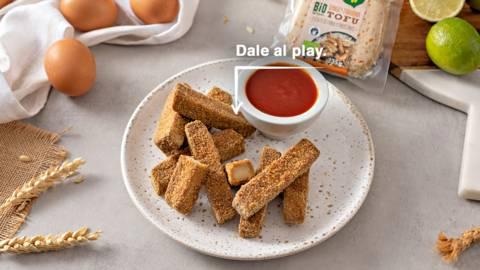 Fingers de tofu con dip de miel y tomate