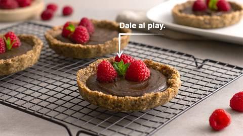 Tartaletas de cacao con frambuesas