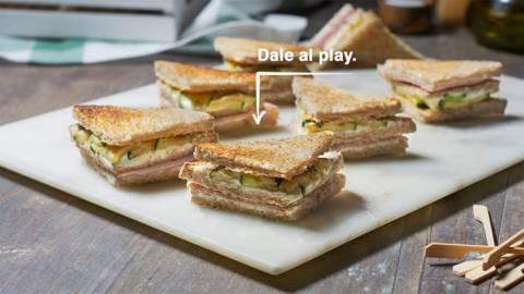 Sándwich de pavo, queso y calabacín