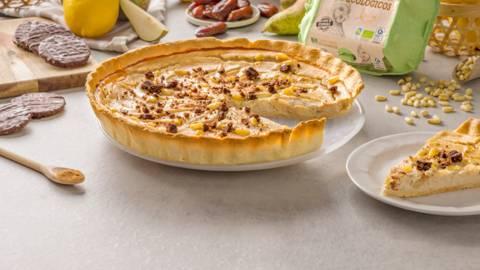 Tarta de pera y queso feta