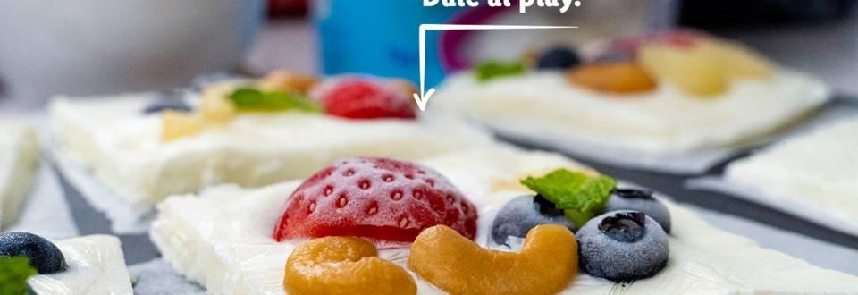 Cómo hacer barritas heladas de yogur y fruta