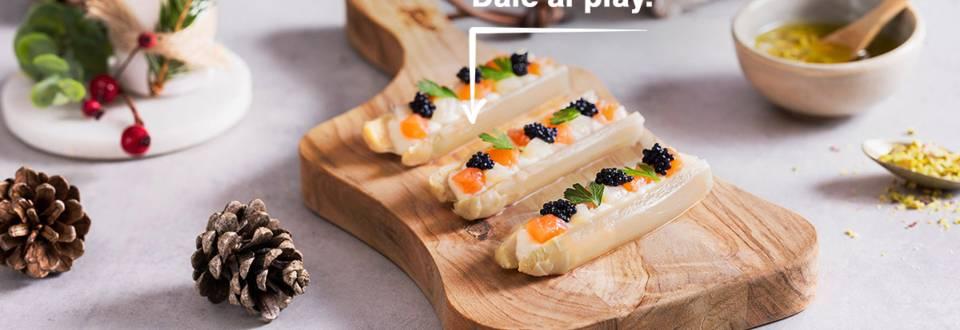 Cómo hacer delicias de espárragos, mousse de queso y caviar