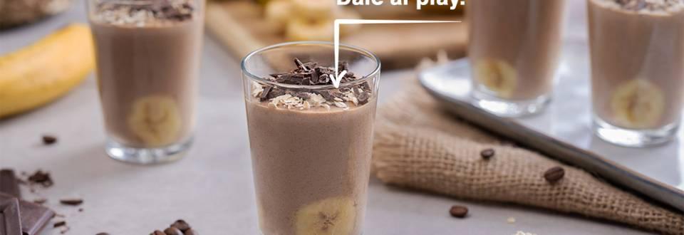 Cómo hacer smoothie de plátano, avena y café