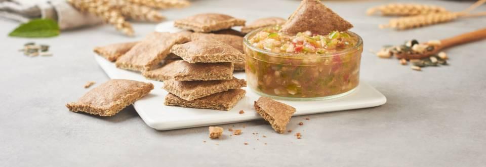 Cómo hacer crackers integrales con salsa de melocotón