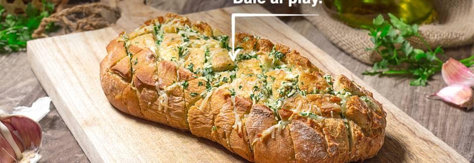 Cómo hacer pan de ajo y queso