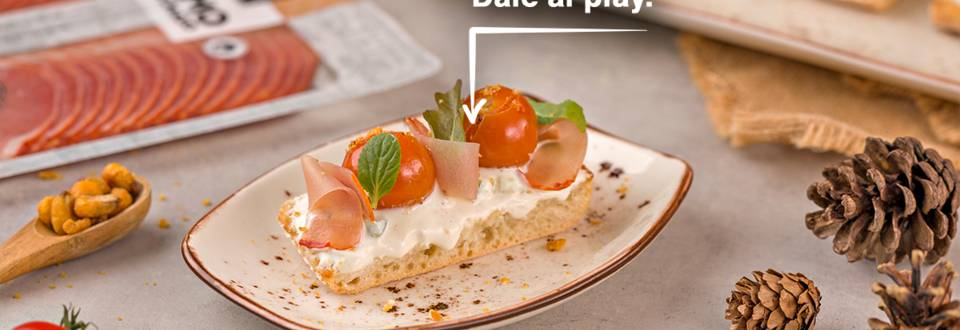 Cómo hacer cherrys confitados sobre tostas
