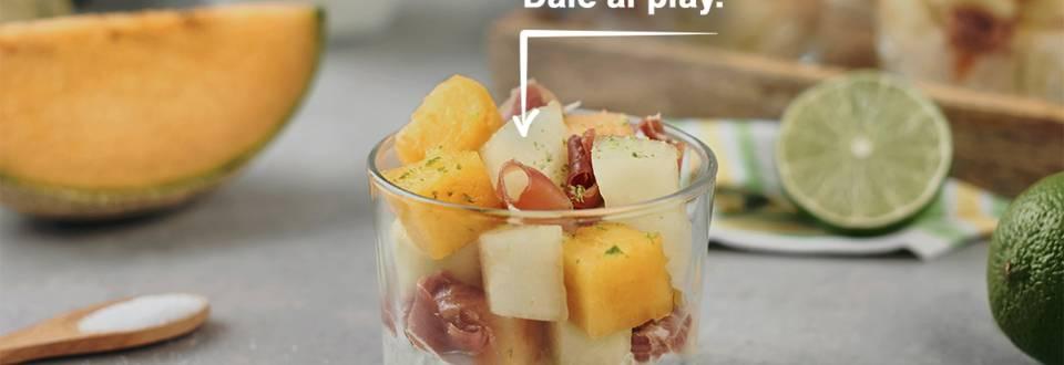 Cómo hacer melón con jamón y salsa de yogur