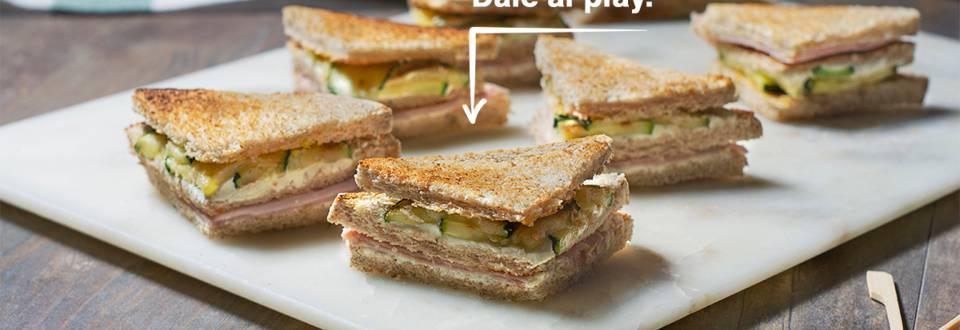 Cómo hacer un sándwich de pavo, queso y calabacín