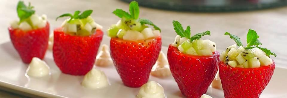 Cómo hacer fresones rellenos de fruta