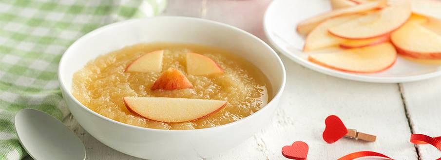Cómo cocinar papilla de uva, pera y manzana