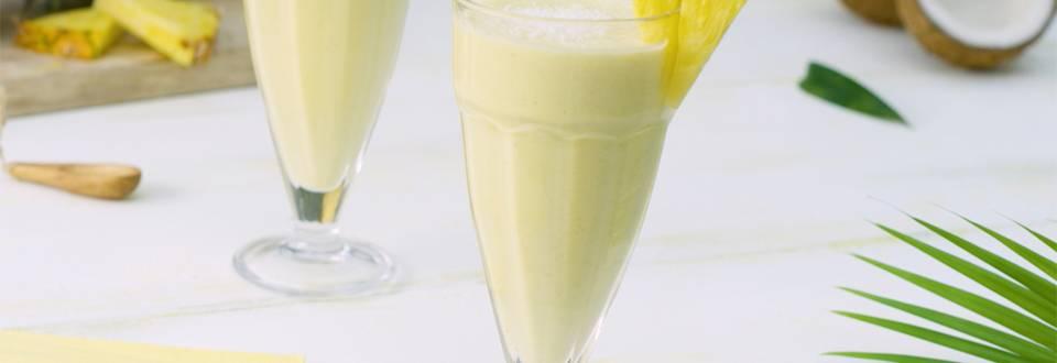 Cómo hacer smoothie de piña y coco