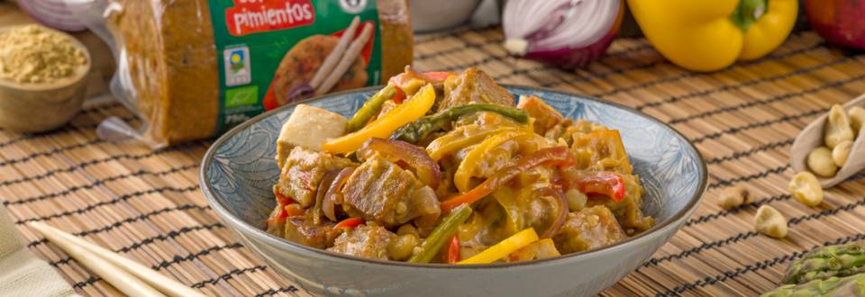 Wok vegetal con salsa de jengibre