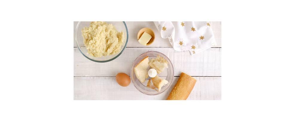 Paso 1 - Triturar el pan seco