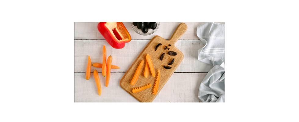 Paso 1 - Hacemos los detalles con aceitunas y zanahorias